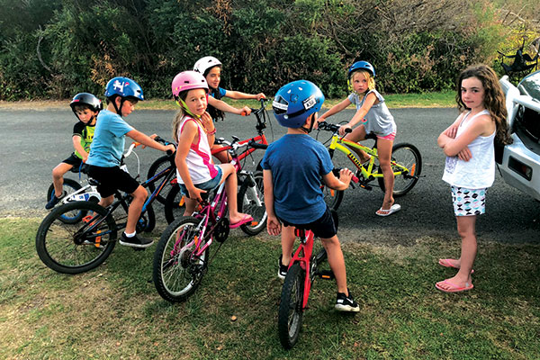 Kids -on -bikes -in -Inverloch -Victoria