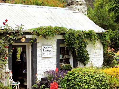 Dudley 's -cottage ---cafe ,-gift -store -and -more