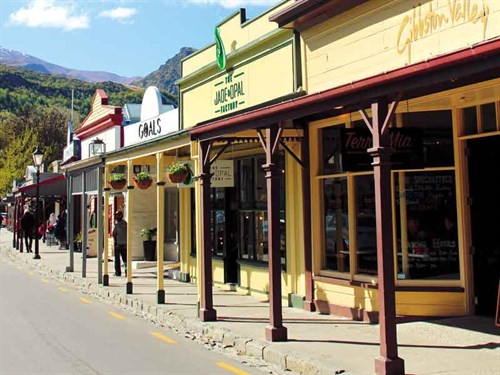 Arrowtown 's -Historic -main -street