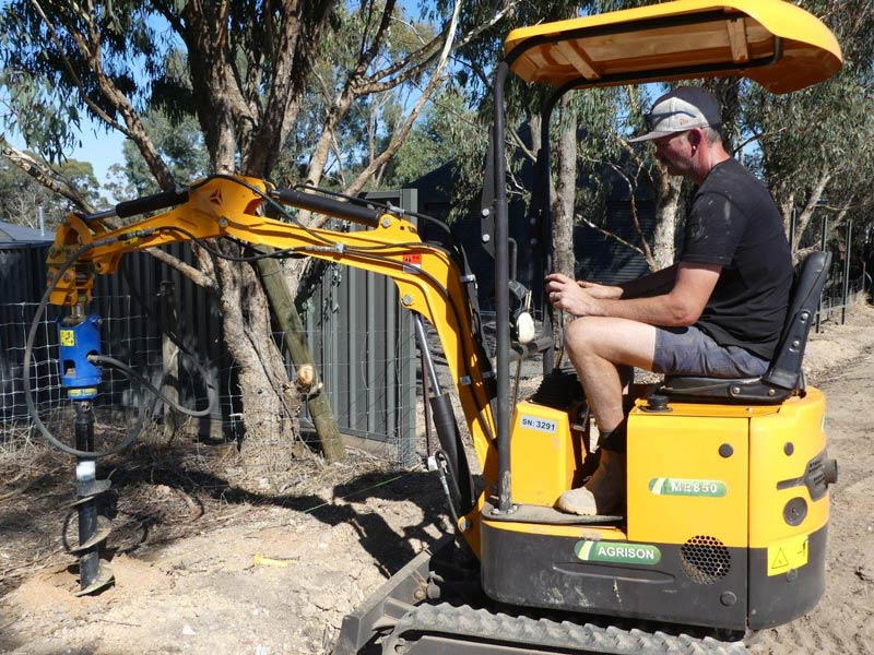 Agrison ME850 mini-excavator | Review, Test & Specs