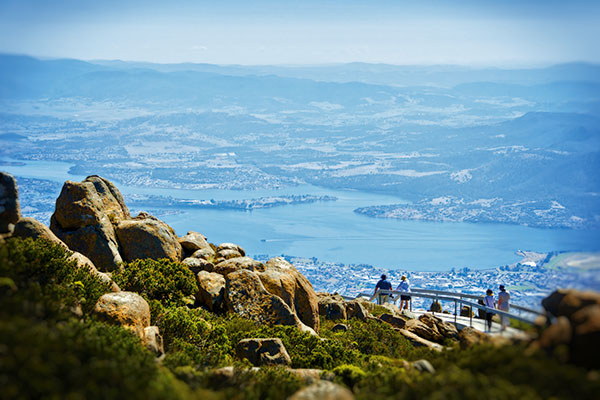 Mount -Wellington -Pinnacle -views -up -the -River -Derwent
