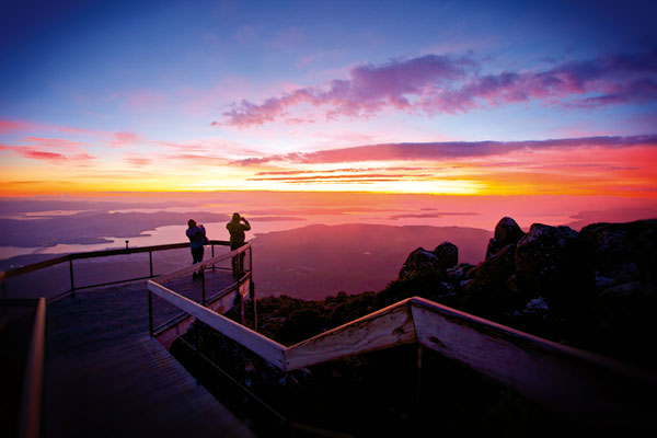 Mount -Wellington -sunrise