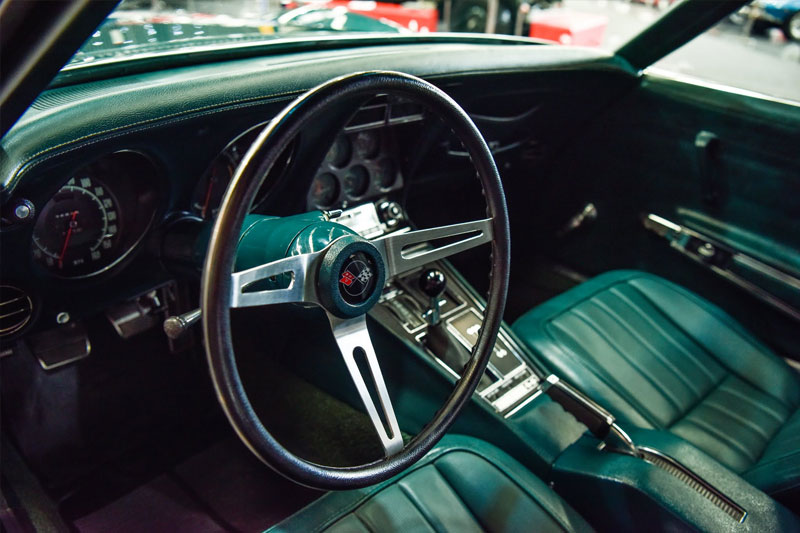 Gosford -preview -American -Corvette -interior