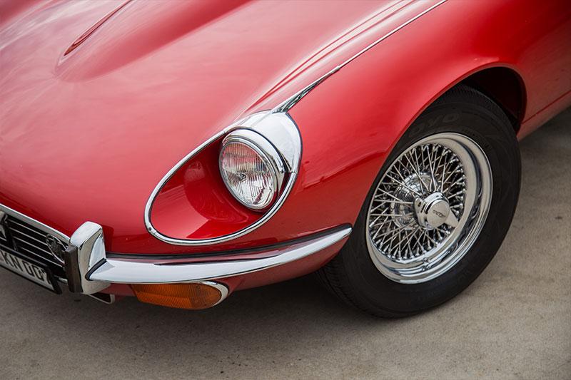Jaguar -E-type -front -corner