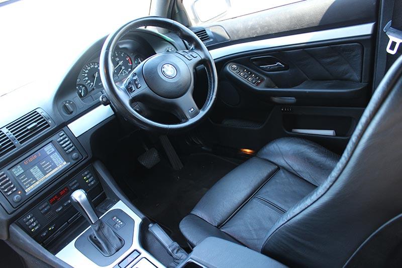 Bmw -540i -interior