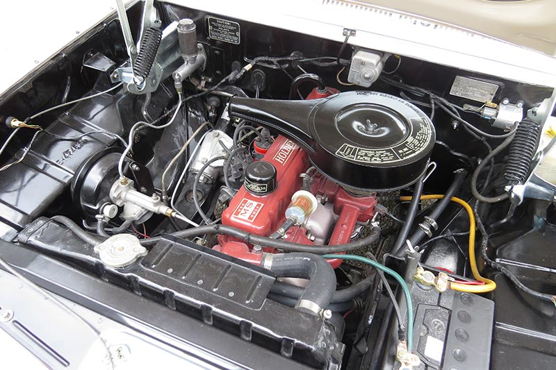 Holden -eh -engine -bay