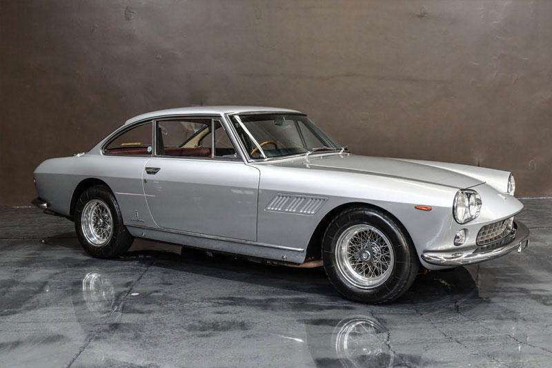 Gosford -Italian -Ferrari -330