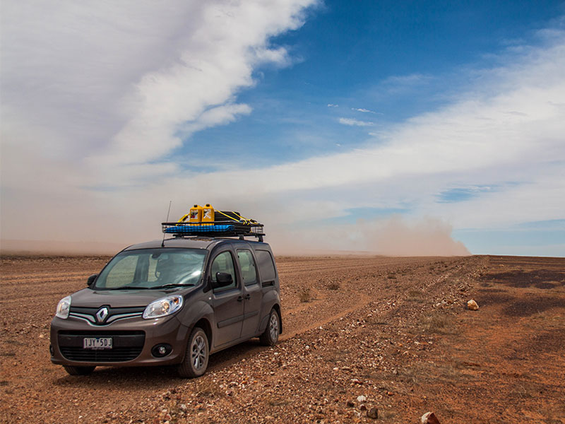 The Renault Kangoo Maxi Crew front on in the desert