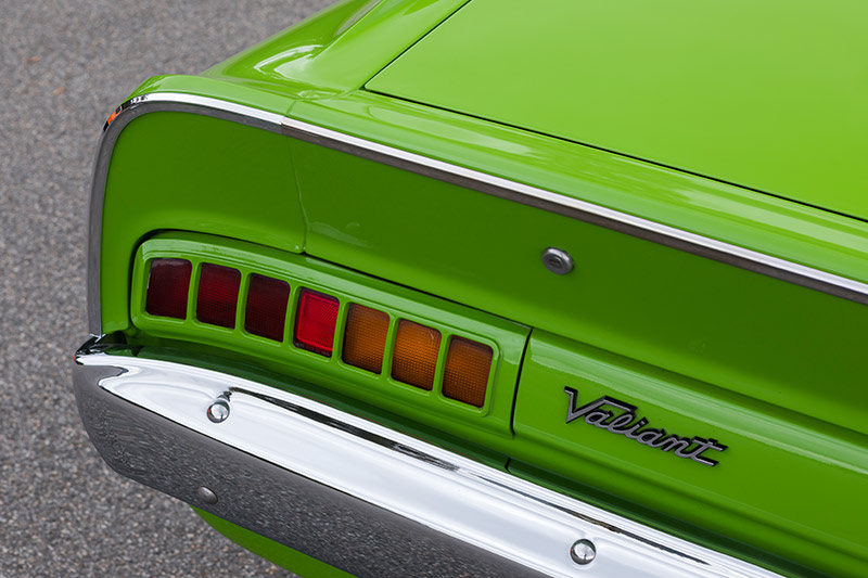 Valiant -charger -taillight -2