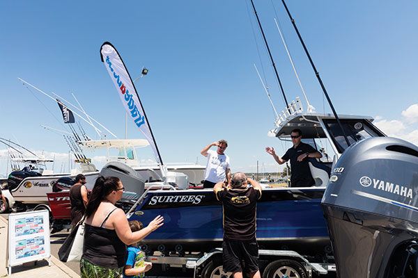 Boat -show -3