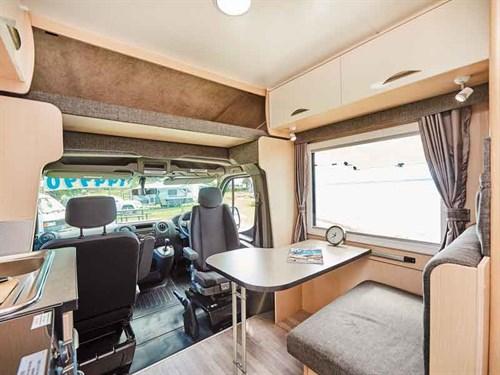 720-island -lounge