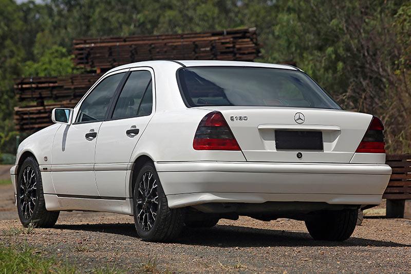 Mercedes -benz -rear