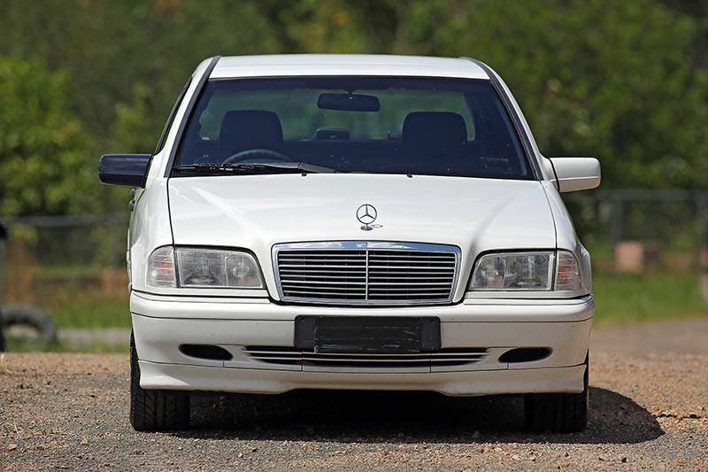 Mercedes -benz -front