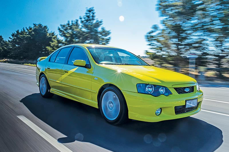 Ford -falcon -xr 6-onroad -2