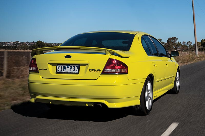 Ford -falcon -xr 6-onroad