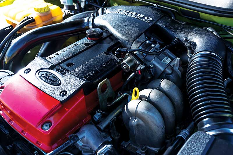 Ford -falcon -xr 6-engine