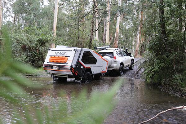 Track -Tvan -camper -trailer -crossing -the -river