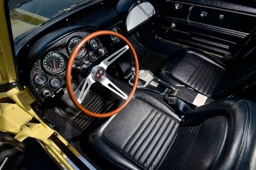 L88-Corvette -interior