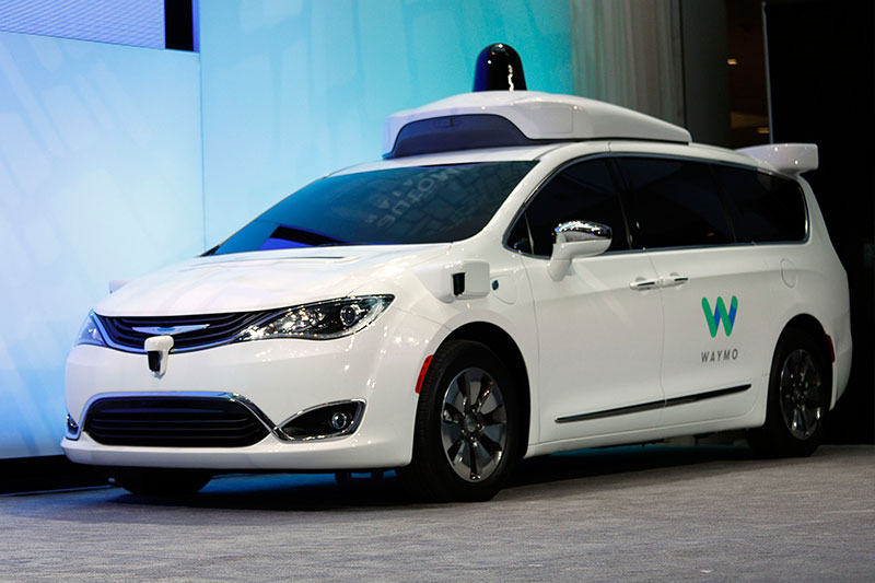 Chrysler -badge -waymo -car