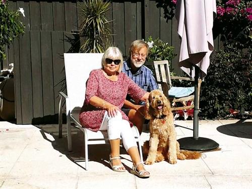 Aileen -and -Stewart -enjoying -the -Brisbane -sunshine
