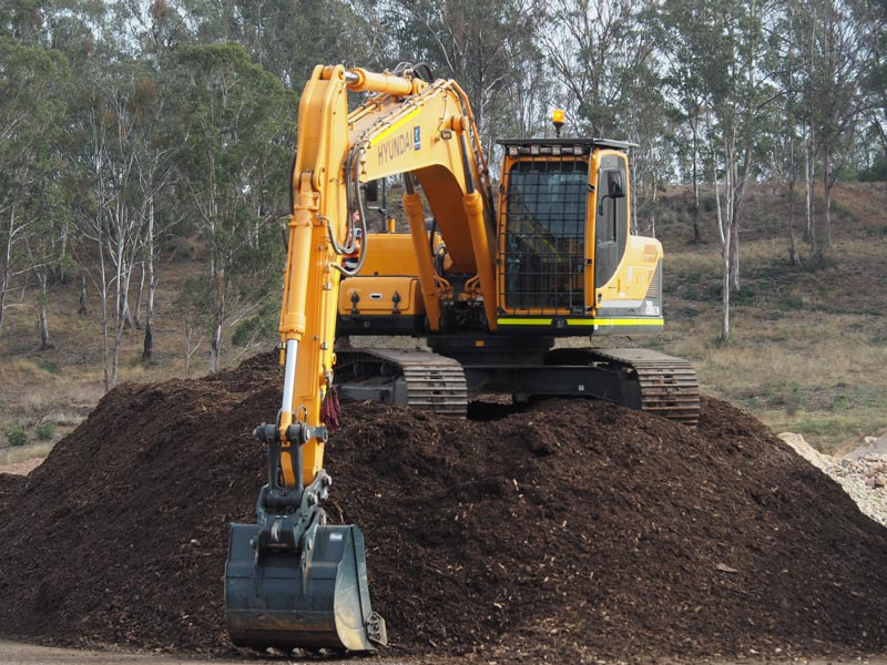 Clean -and -Green -Organics -Hyundai -excavator
