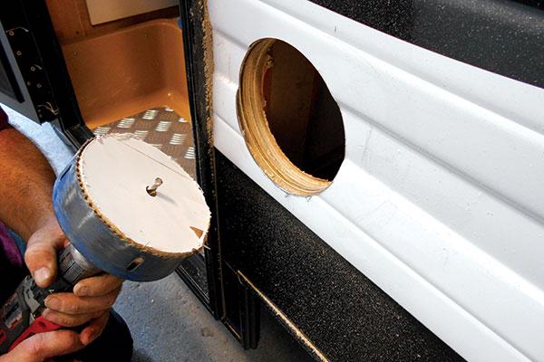 Installing -DIY-external -speakers -2