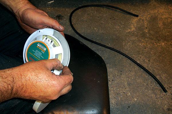 Installing -DIY-external -speakers -5