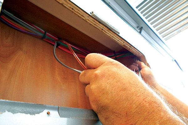 Installing -DIY-external -speakers -11