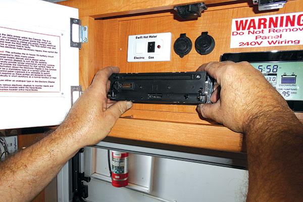 Installing -DIY-external -speakers -12