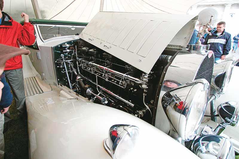 Bugatti -engine