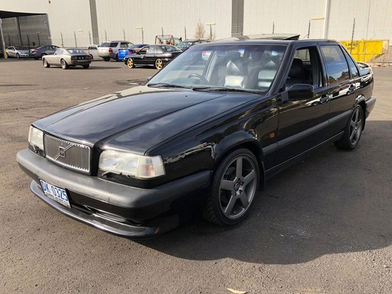 Grays -Volvo -850