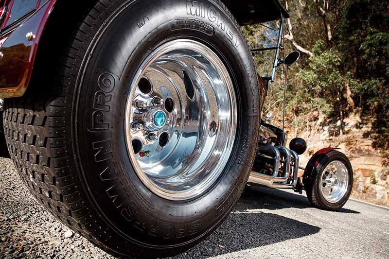 T -bucket -wheel