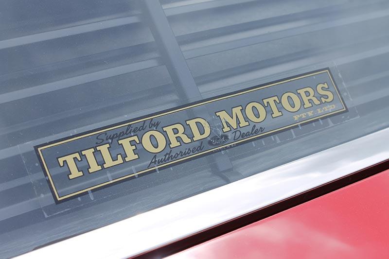 Ford -falcon -resto -sticker