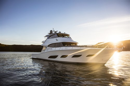 Riviera 72 Sports Motor Yacht Anchored 04