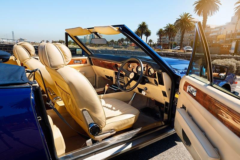Aston -martin -interior