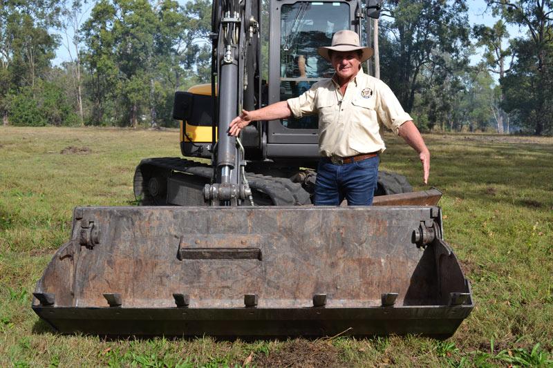 Mecalac -MCR8-excavator -skid -steer