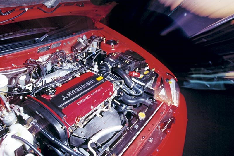 Mitsubishi -evo -engine -bay