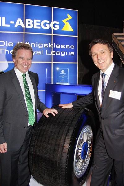 Environment Minister Franz Untersteller (left) and CEO of Ziehl-Abegg, Peter Fenkl
