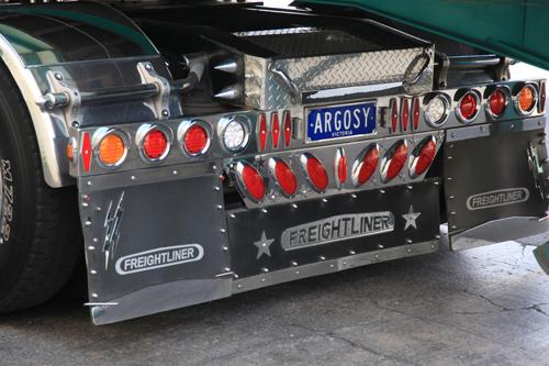 FREIGHTLINER-ARGOSY-TAIL-LIGHT