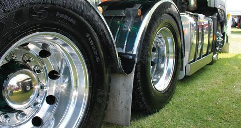 Volvo -FM12-Wheel