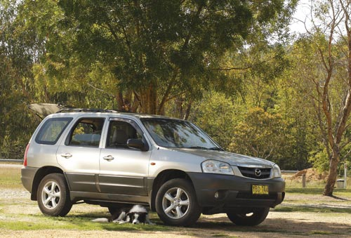 MAZDA-TRIBUTE-tow -vehicle