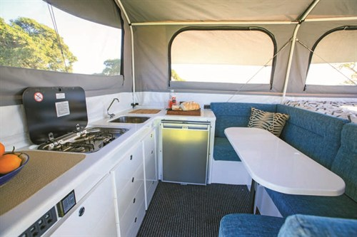 ULTIMATE XPLOR CAMPER DINETTE