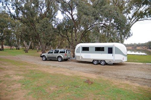 Aerovan caravan towing