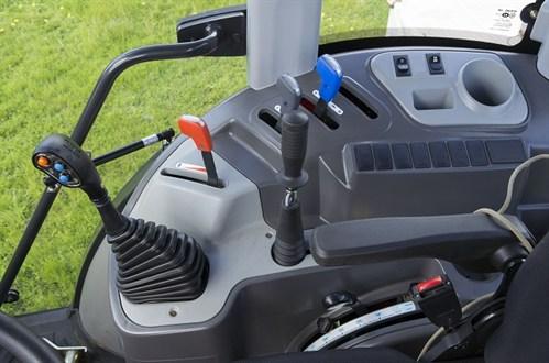 Kioti PX1002 Cabin Tractor Controls