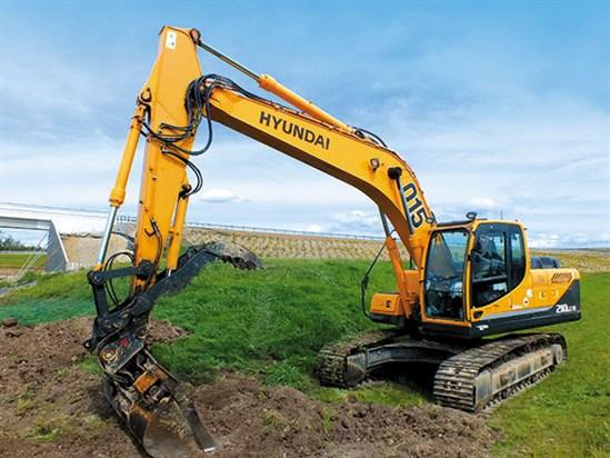 Hyundai -R210LC-9-excavator -1