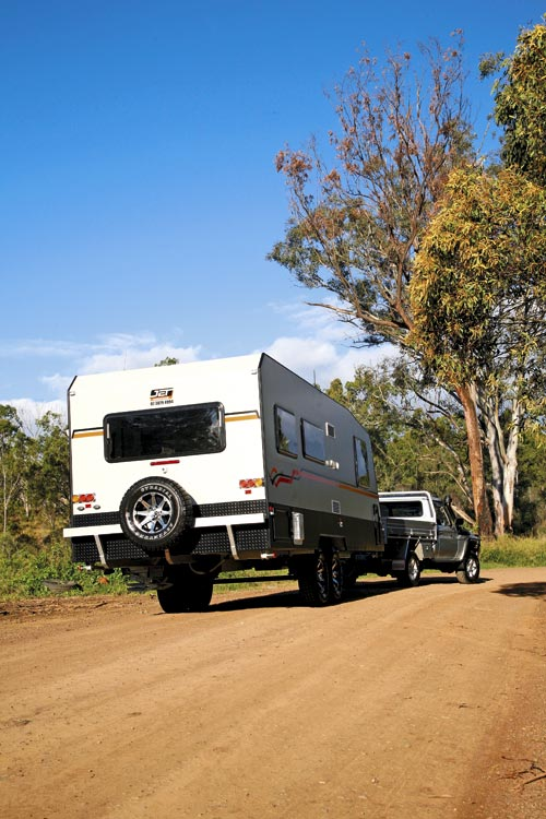 Jet -caravans -stealth -towing