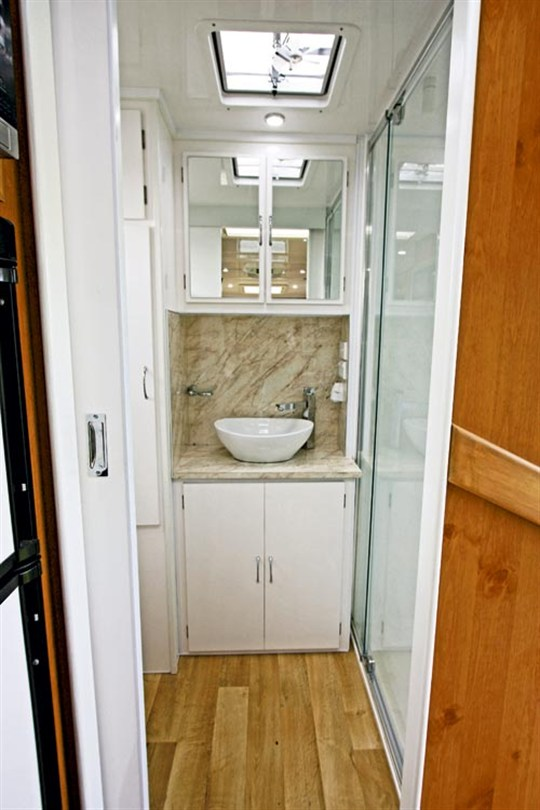 SEA-BREEZE-CUSTOM-20-SHOWER