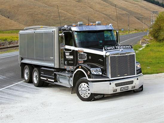 Freightliner -2013-Coronado -112SD-2