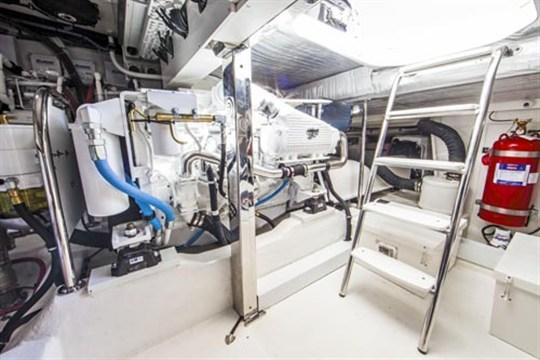 RIVIERA 50 ENGINE ROOM