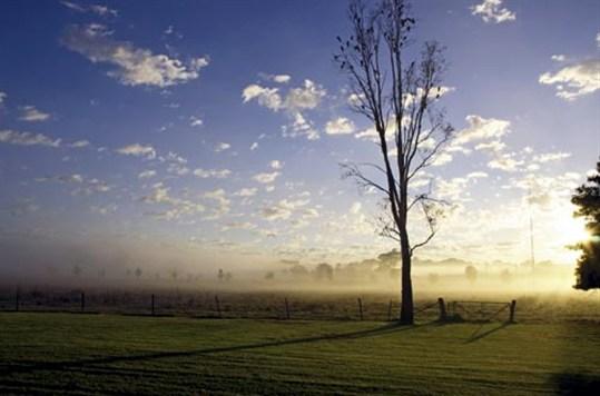 Sunrise over Mudgee Caravan Park
